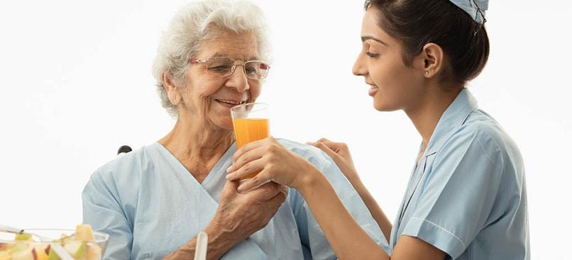 Home Care Services for the Elderly - Senior Care in Dubai